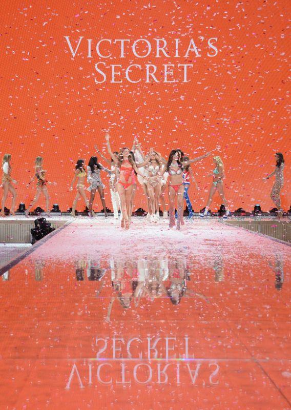维多利亚的秘密内衣秀2015